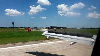 Atterrissage à l'aéroport de La Havane (Cuba)