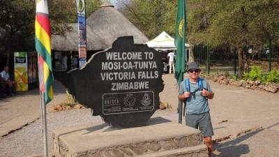 Entrée des chutes Victoria - Victoria Falls (Zimbabwe)