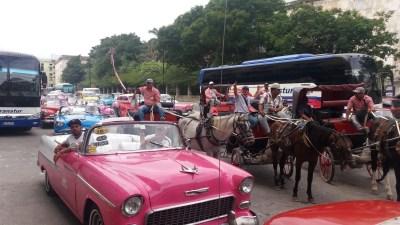 Les bouchons du centre ville - La Havane (Cuba)