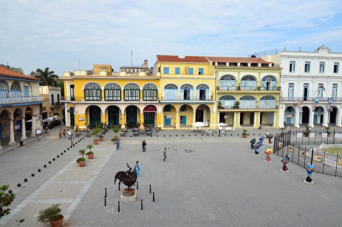 Plaza Vieja - La Havane (Cuba)