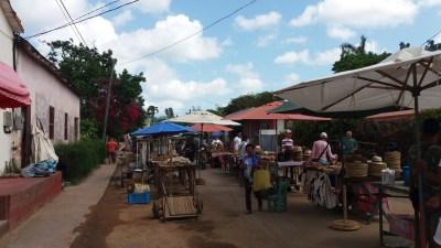 Marché au village de Vinales - Cuba