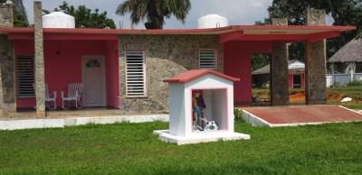 Belles maisonnettes colorées à Vinales - Cuba