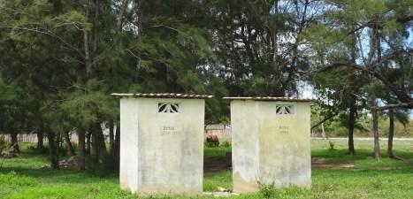 Toilettes en pleine campagne - Boca de Galafre (Cuba)
