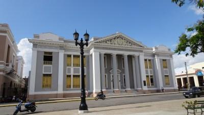 Le collège San Lorenzo - Cienfuegos (Cuba)