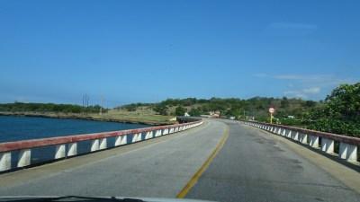 Sur la route entre Trinidad et La Havane - Cuba