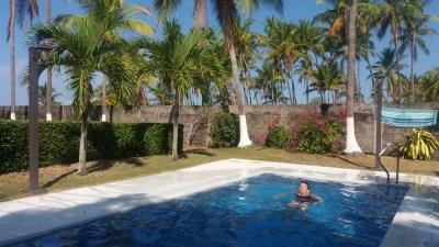 Baignade sous les cocotiers du jardin - El Roble (Costa Rica)