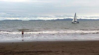Baignade à Puntarenas - Costa Rica