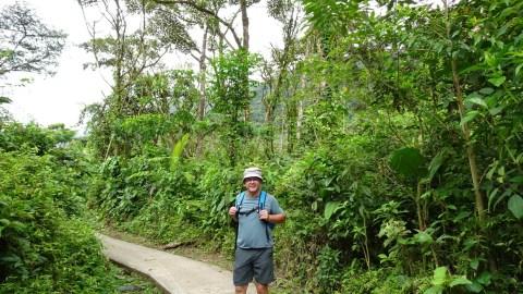 Sur le sentier du parc du volcan Tenorio (Costa Rica)