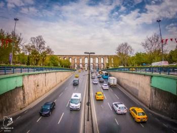 L'aqueduc de Valens dans mon article Carnet de voyage à Istanbul : Ville de contrastes et de découvertes #istanbul #turquie #voyage