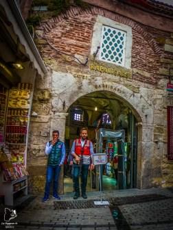 Au bazar d'Istanbul dans mon article Carnet de voyage à Istanbul : Ville de contrastes et de découvertes #istanbul #turquie #voyage #bazar