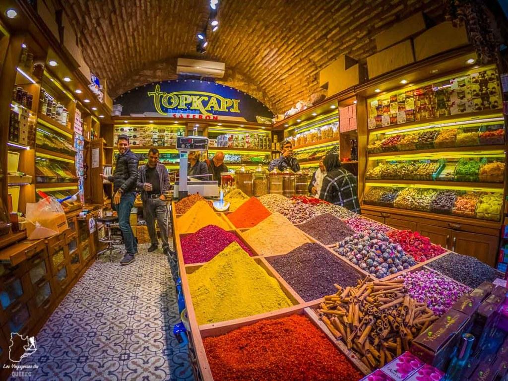 Odeurs et saveurs dans les commerces d'Istanbul mon article Carnet de voyage à Istanbul : Ville de contrastes et de découvertes #istanbul #turquie #voyage