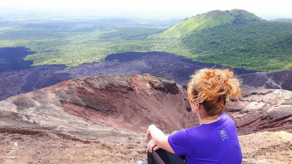 Au sommet du volcan Cerro Negro dans mon article Mon voyage au Nicaragua en 10 coups de cœur et incontournables à visiter #nicaragua #voyage #ameriquecentrale #cerronegro #volcan