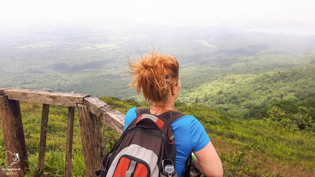 Randonnée sur le volcan Mombacho dans mon article Mon voyage au Nicaragua en 10 coups de cœur et incontournables à visiter #nicaragua #voyage #ameriquecentrale #mombacho #volcan