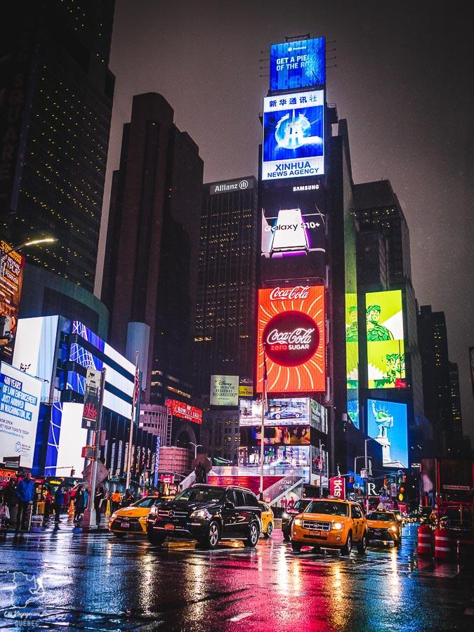 Times Square dans Midtown à Manhattan à New York dans notre article Manhattan à New York : exploration urbaine des quartiers de Manhattan #newyork #ville #usa #manhattan #etatsunis #amerique #citytrip #midtown #timessquare