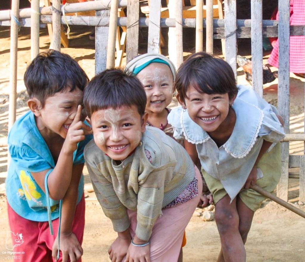 Le tanakha, à découvrir lors d'un voyage au Myanmar dans notre article Voyage au Myanmar : Mes expériences et lieux à visiter au Myanmar #myanmar #birmanie #asie #voyage #itineraire #tanakha