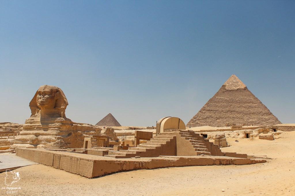 Sphinx et pyramides de Gizeh en Égypte dans notre article Le Nil en Égypte : Mon voyage découverte du Nil en train #egypte #nil #afrique #train #voyage #pyramides #sphinx