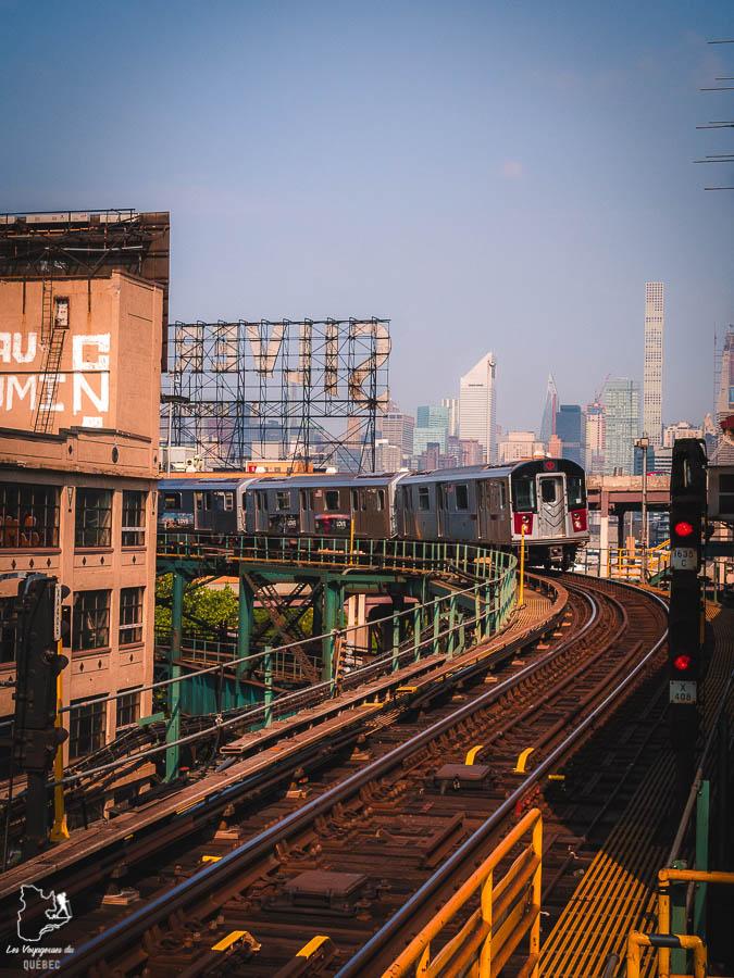 Points de vue de New York depuis le Queensboro Plaza dans notre article Les meilleurs points de vue de New York et endroits pour photographier la ville #newyork #usa #etatsunis #vue #panoramique #pointsdevue