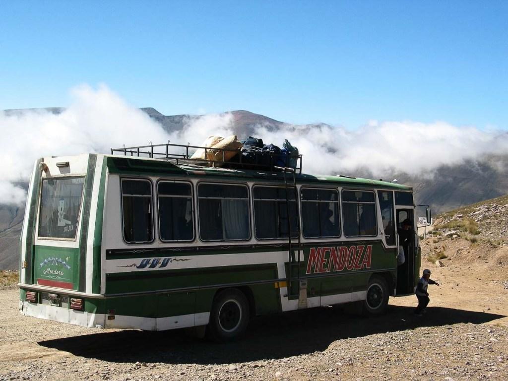 Se déplacer au Pérou en bus peut être très long dans notre article Comment se déplacer au Pérou : Petit guide pratique des transports au Pérou #perou #transport #sedeplacer #ameriquedusud #voyage