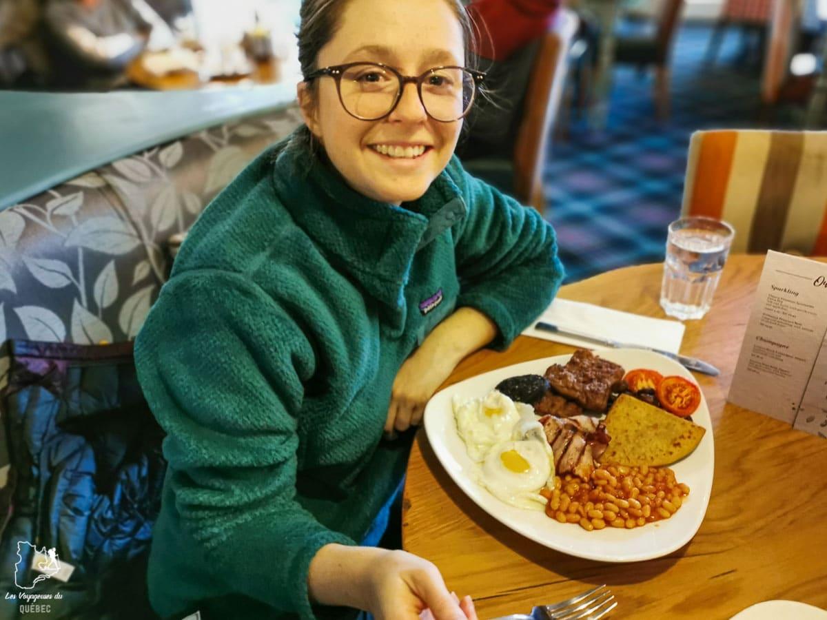 Déjeuner écossais, à tester lors d'un voyage gourmand en Écosse dans notre article Road trip en Écosse : Une semaine de road trip sportif et gastronomique #ecosse #roadtrip #europe #grandebretagne #royaumeunis #voyage