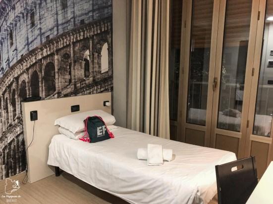 Ma chambre à Rome lors de mon immersion en Italie dans notre article Séjour linguistique en Italie : Mon expérience d'immersion et de cours d'italien à Rome #italie #sejourlinguistique #immersion #coursitalien #rome