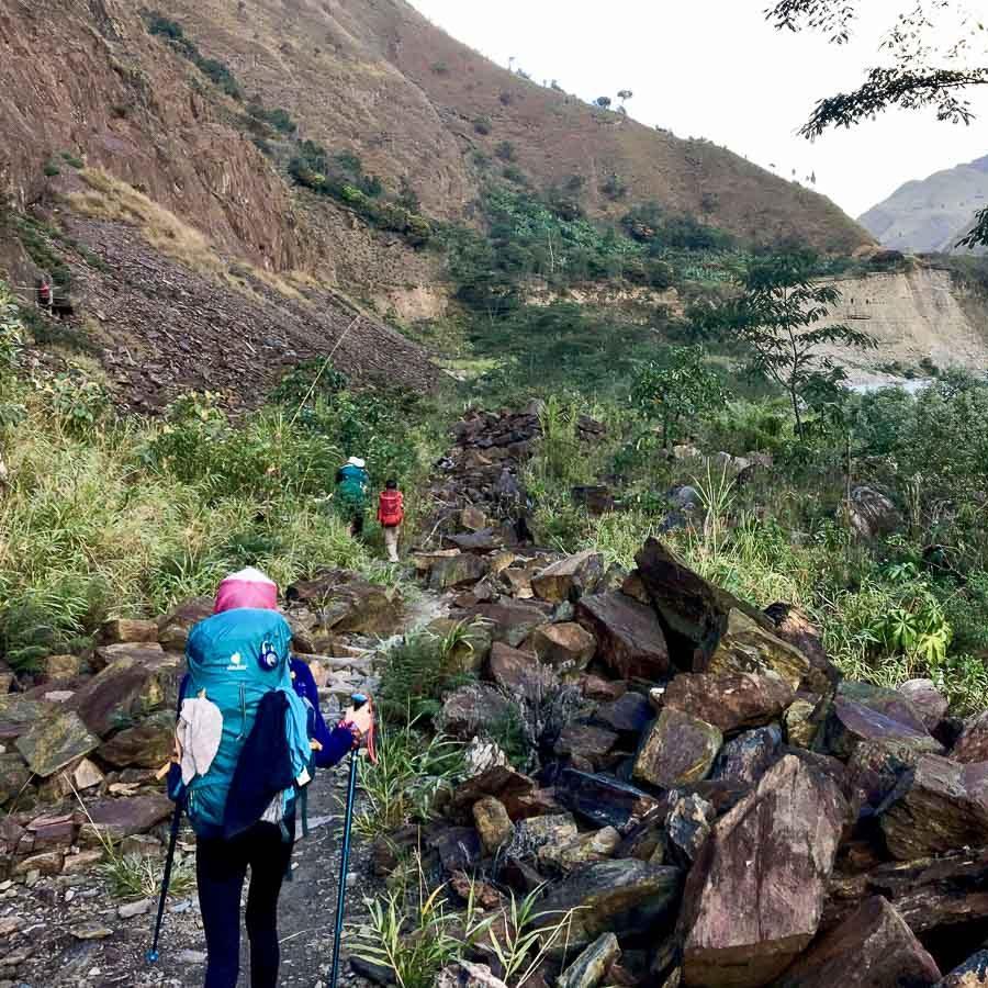 Trek vers le Machu Picchu sur l'Inca jungle trail dans notre article Randonnée sur l'Inca jungle trail : Mon trek au Machu Picchu en famille #randonnee #trek #incajungletrail #machupicchu #perou #ameriquedusud #unesco
