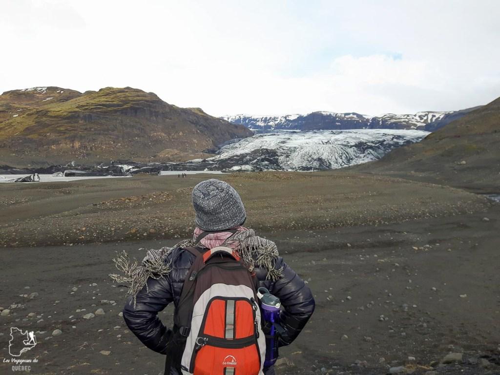 Le glacier Sólheimajökull dans notre article Une semaine en Islande : Mon expérience à visiter l'Islande en solo #islande #unesemaine #voyage #europe #voyageensolo