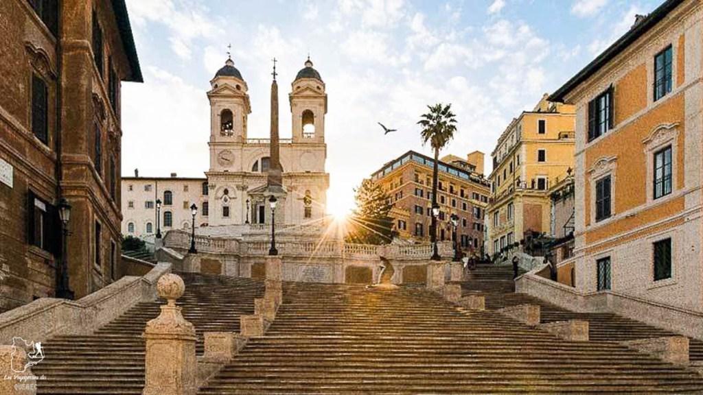 Piazza di Spagna à Rome dans notre article Visiter Rome en 4 jours : Que faire à Rome, la capitale de l'Italie #rome #italie #europe #voyage