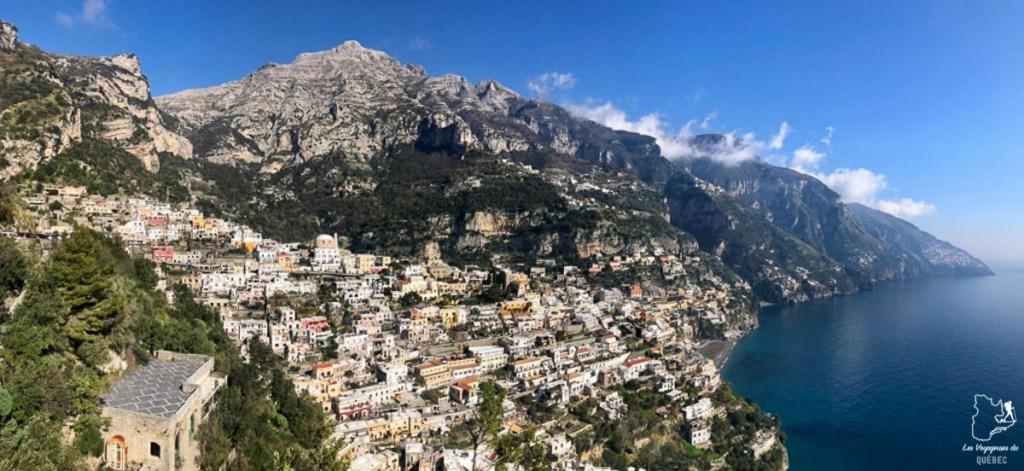 Visiter Positano sur la Côte Amalfitaine dans notre article Que faire à Naples en Italie et voir : Visiter Naples, Pompéi et la Côte Amalfitaine #naples #italie #europe #voyage #pompei #coteamalfitaine