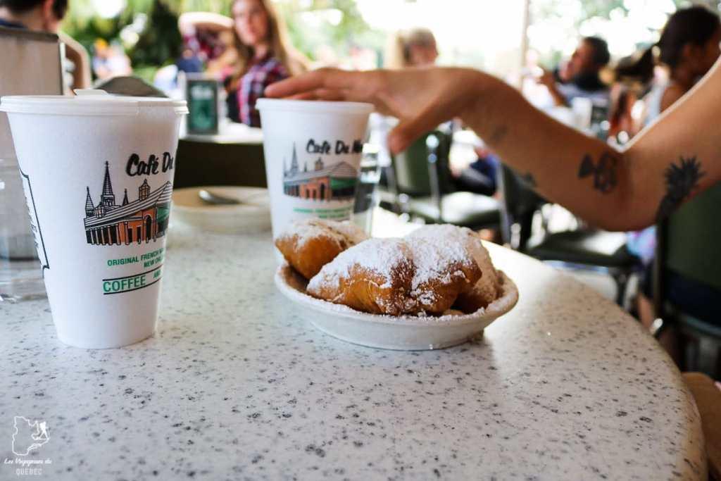 Café du monde, incontournable de la Nouvelle-Orléans dans notre article 5 incontournables de la Nouvelle-Orléans à visiter en 3 jours #nouvelleorleans #louisiane #usa #etatsunis #voyage #amerique