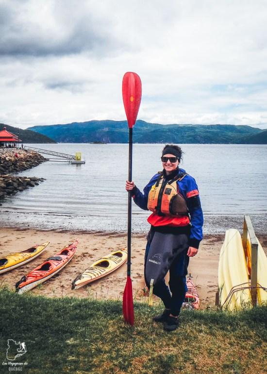 En kayak à L'Anse-Saint-Jean dans notre article Tourisme au Saguenay-Lac-Saint-Jean : Itinéraire complet pour 5 jours de road trip dans le région #saguenay #lacsaintjean #saguenaylacsaintjean #quebec #quebecoriginal #canada #roadtrip