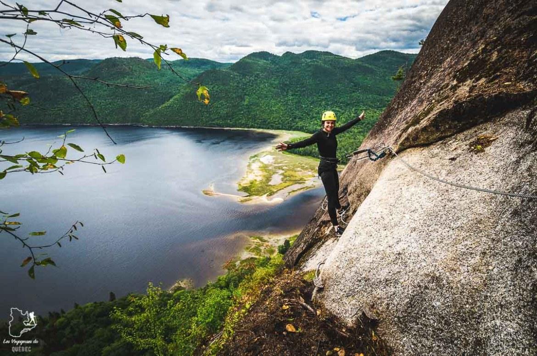 Via ferrata à la Baie-Éternité dans le Parc national Fjord-du-Saguenay dans notre article Tourisme au Saguenay-Lac-Saint-Jean : Itinéraire complet pour 5 jours de road trip dans le région #saguenay #lacsaintjean #saguenaylacsaintjean #quebec #quebecoriginal #canada #roadtrip
