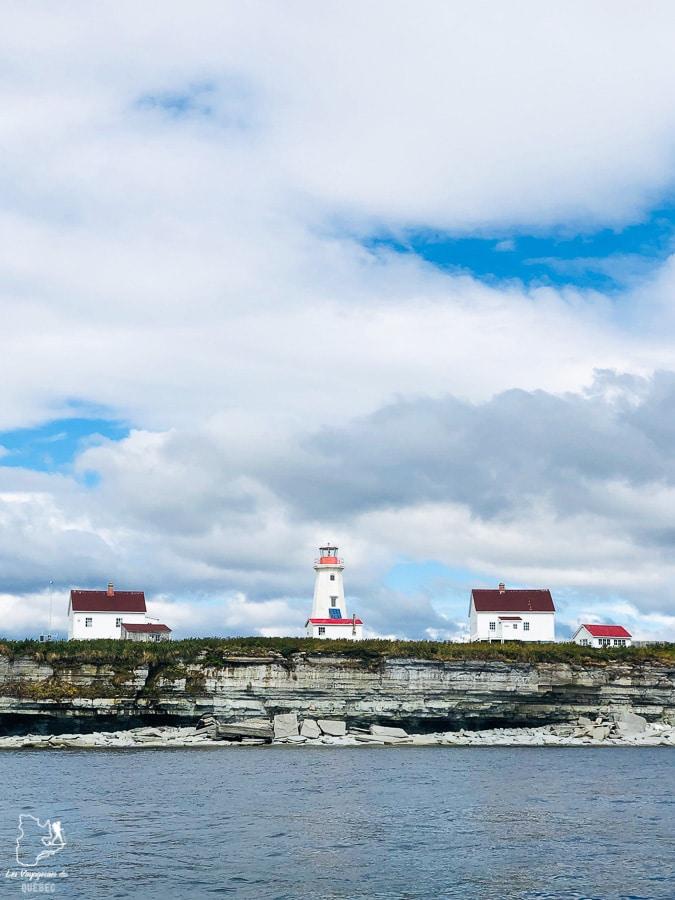 Excursion à l'Île aux Perroquets sur l'Archipel-de-Mingan dans notre article Road trip sur la Côte-Nord au Québec : Itinéraire voyage de 10 jours en van #cotenord #quebec #bonjourquebec #canada #roadtrip #voyage