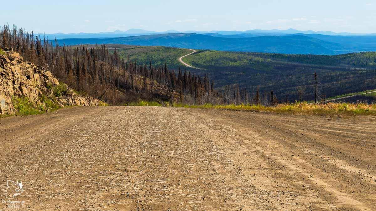 Parcourir la Dempster highway en road trip au Yukon au Canada dans notre article Mon road trip au Yukon au Canada : 12 jours de liberté en truck camper au gré du vent #yukon #canada #roadtrip #voyage