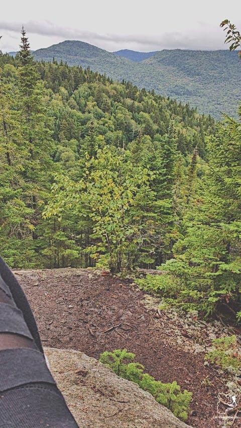 Randonnée au Parc national du Mont-Tremblant dans notre article La randonnée au Québec : 8 randonnées pédestres au Québec testées et approuvées #randonnee #randonneepedestre #quebec #canada