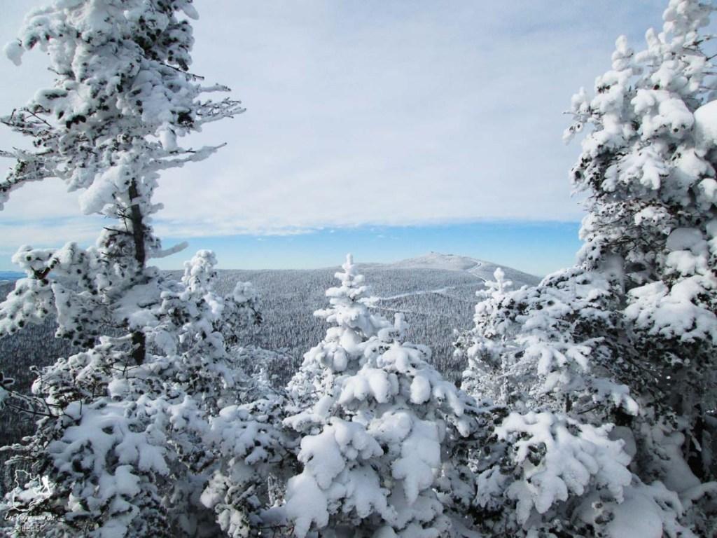 Randonnée en raquettes au Mont-Mégantic dans notre article 10 activités hivernales au Québec : quoi faire au Québec en hiver #hiver #quebec #canada #activites