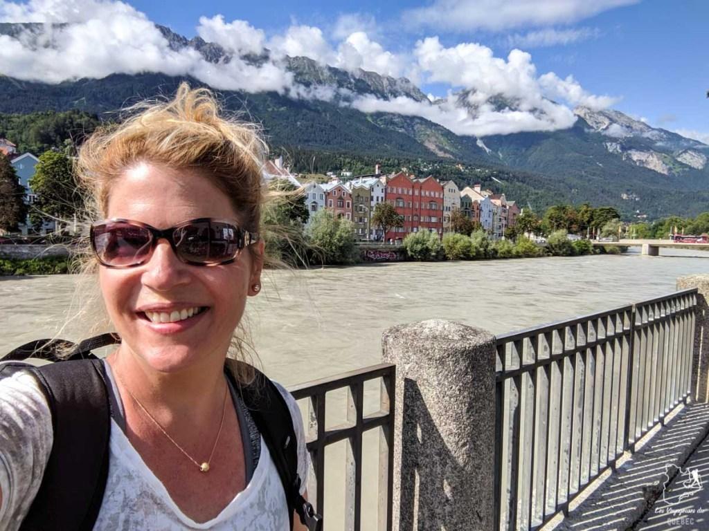 Balade le long de la rivière Inn dans notre article Petit guide pour visiter Innsbruck en Autriche : Que faire à Innsbruck en un jour #Innsbruck #autriche #europe #voyage