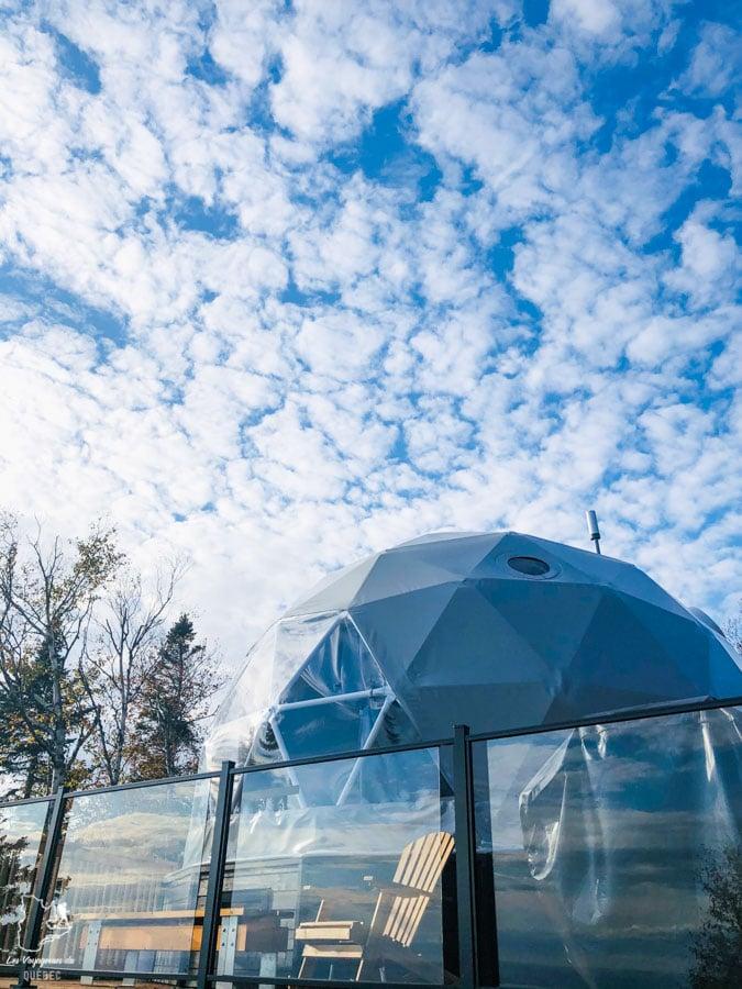 Géodôme du Mont St-Joseph en Gaspésie dans notre article Nuit en montagne: 5 endroits où dormir au sommet d'une montagne au Québec #quebec #montagne #sommet #hebergement