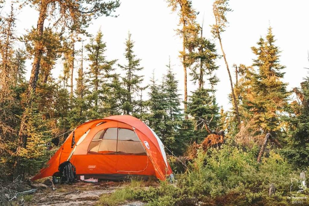 En camping sur une île perdue du Manitoba dans notre article Visiter le Canada autrement : Ma traversée du Canada hors des sentiers battus #canada #roadtrip
