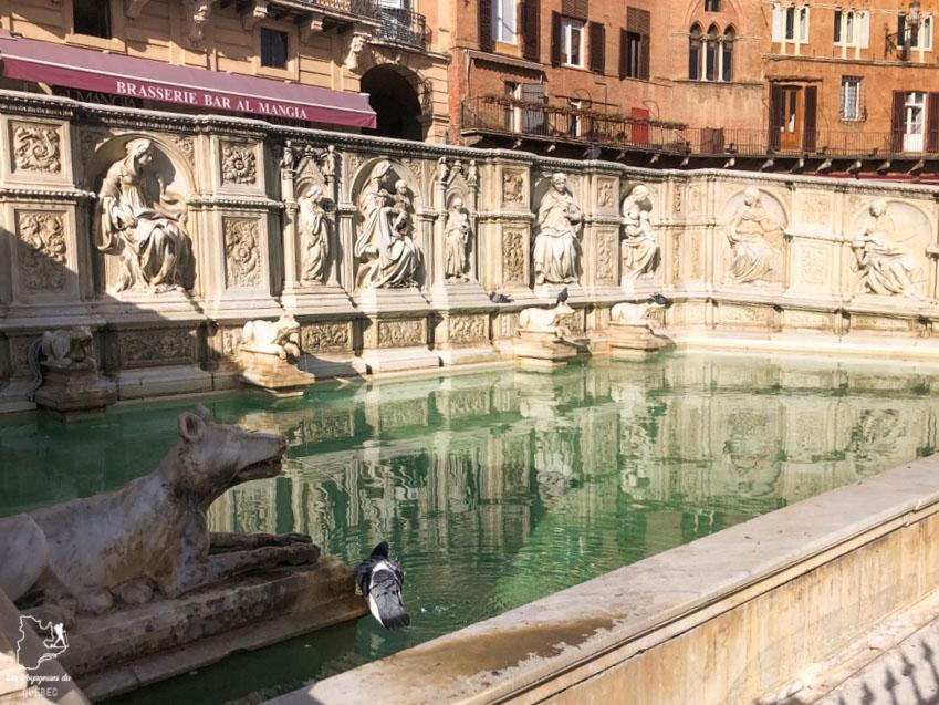 Fontaine Gaia sur la Piazza del Campo à Sienne en Italie dans notre article Visiter Sienne en Toscane en Italie en 10 incontournables et adresses foodies #italie #sienne #toscane #voyage