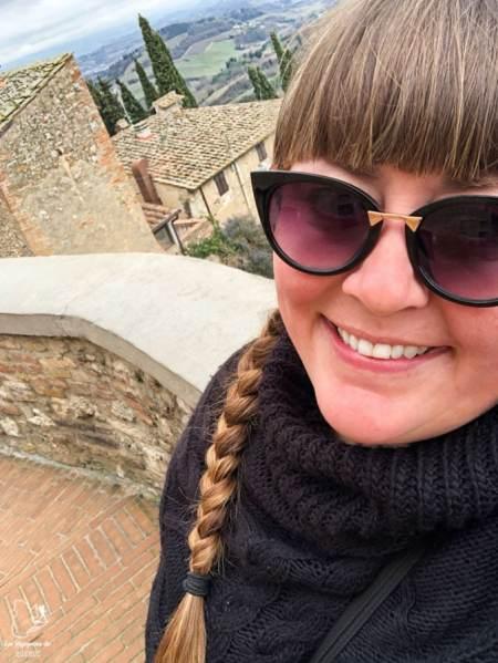 Visiter San Gimignano en Italie en tant que femme dans notre article Mon weekend à visiter San Gimignano en Italie : Magnifique ville fortifiée de la Toscane #sangimignano #toscane #italie