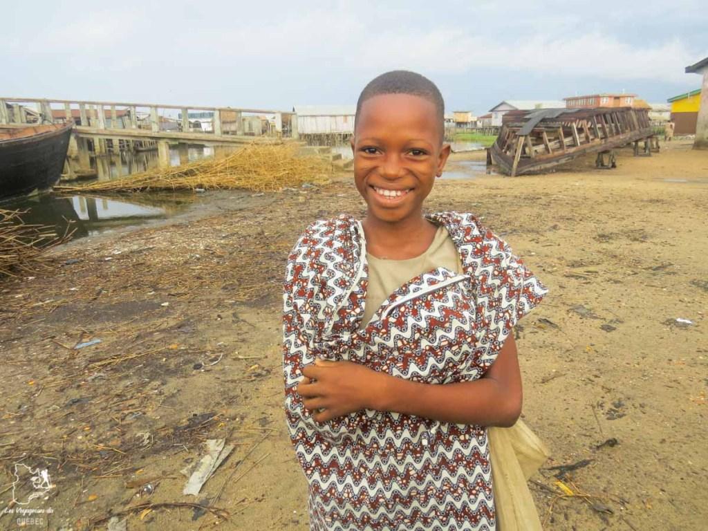Villageoise de Sô-Tchanhoué au Bénin en Afrique dans notre article Voyage au Bénin: Le Bénin en Afrique en 8 incontournables à visiter #benin #afrique #voyage
