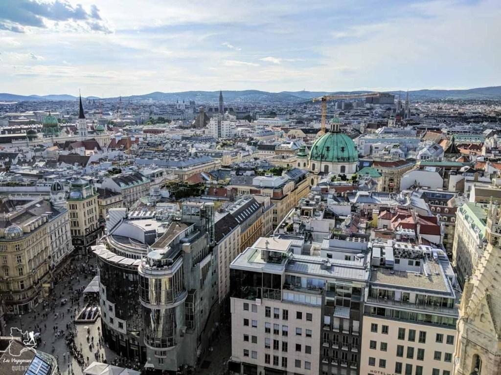 Vue sur Vienne depuis la tour de la Cathédrale Saint-Étienne dans notre article Visiter Vienne en Autriche : que voir et que faire à Vienne en 5 jours #vienne #autriche #europe #voyage
