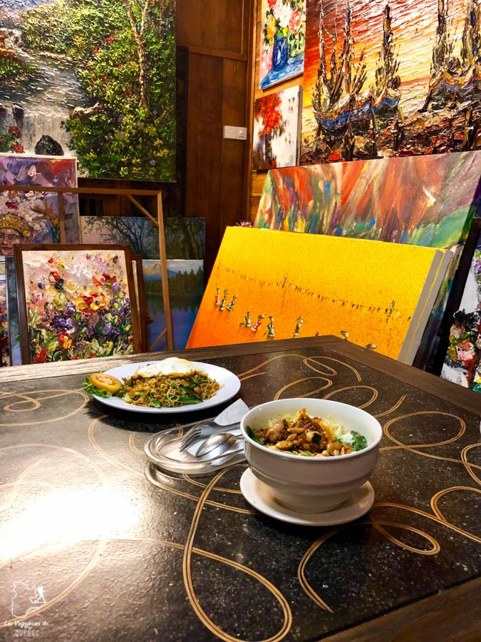 Repas traditionnel à Bali dans notre article Oser partir en voyage au bout du monde malgré des barrières #voyage #oservoyager