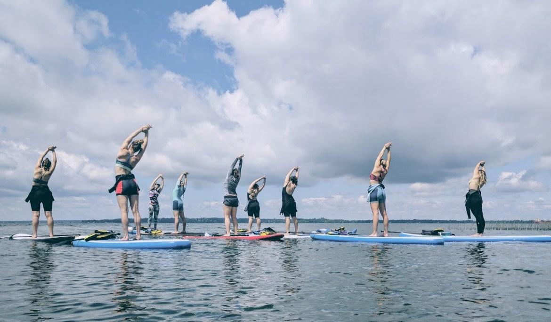 Yoga SUP aux Îles de la Paix à Beauharnois dans notre article 5 spots de SUP (paddleboard) à moins de 1 heure de Montréal pour débutants #SUP #paddleboard #montreal #quebec