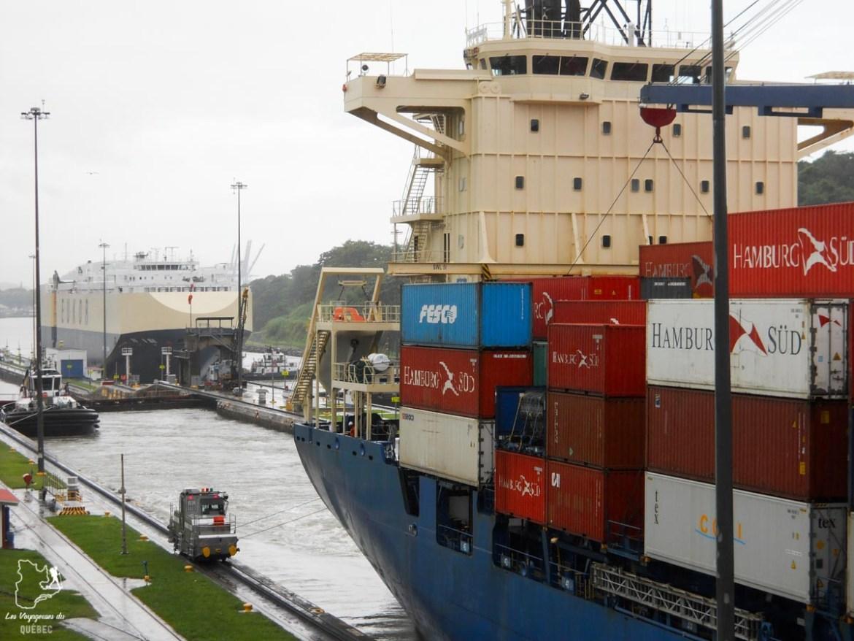Bateau sur le Canal de Panama dans notre article Que faire au Panama : Mon voyage au Panama en 12 incontournables à visiter #panama #ameriquecentrale #voyage