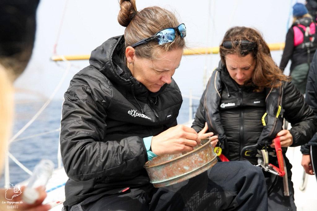 Scientifiques à bord de la Mission eXXpedition dans notre article Elle participe à Mission eXXpedition : projet écologique en mer totalement féminin #exxpedition #ecologie #environnement #voilier #femme #voyage