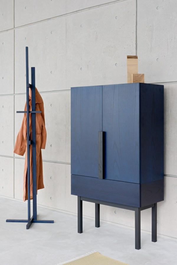 elements coat rack stand shin azumi ariake