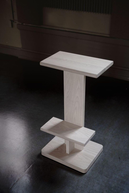 white stool for bar les vrais