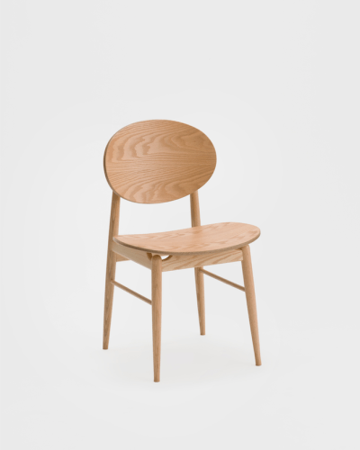 outline chair norm architects
