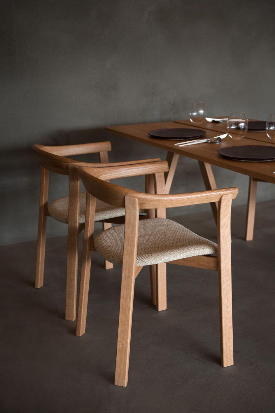 Arita Huis Hotel,  Ariake, Holm Chair, LES VRAIS